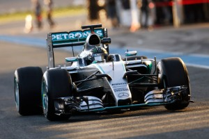 F1-Mercedes-2015-1