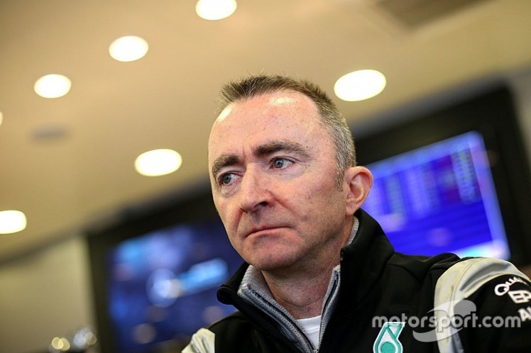 f1-barcelona-march-testing-2016-paddy-lowe-mercedes-amg-f1-executive-director