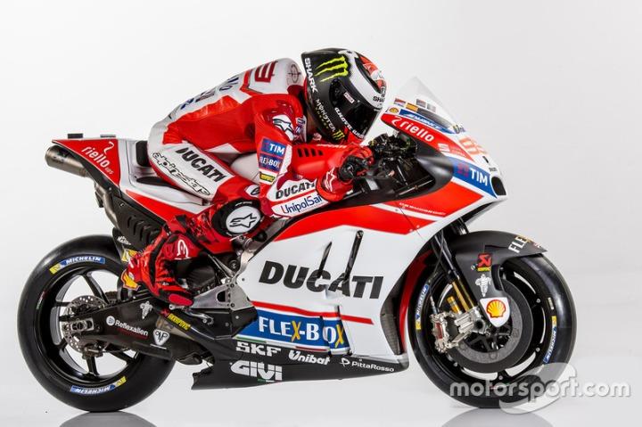 motogp-ducati-desmosedici-gp17-launch-2017-jorge-lorenzo-ducati-team.jpg