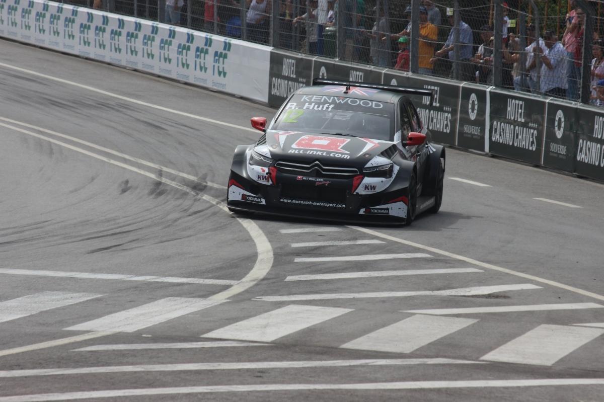 WTCC - FP2: Huff mais rápido na segunda sessão.