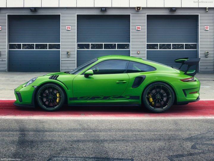 Porsche-911_GT3_RS-2019-1280-04