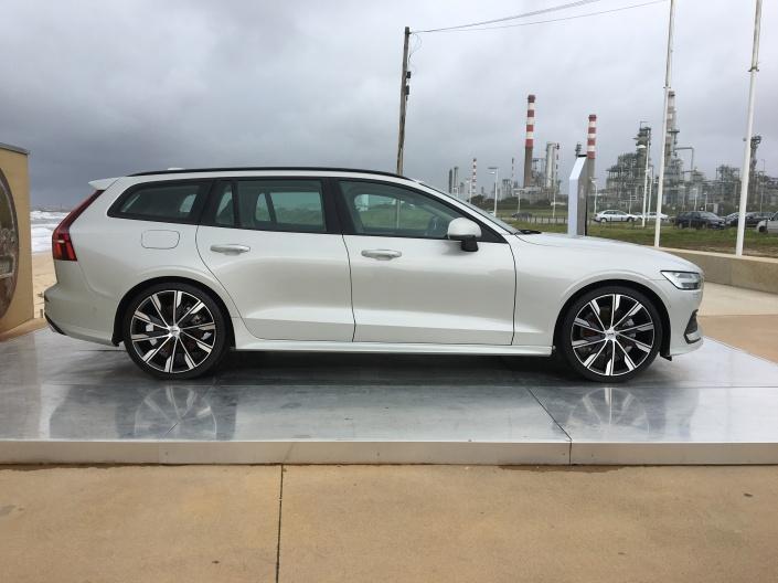 Apresentação Volvo V60 (2)