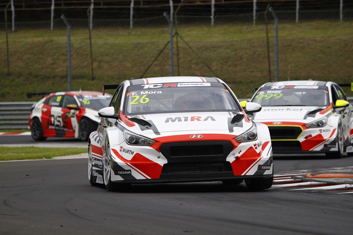 TCR Europe: M1RA sem Francisco Mora