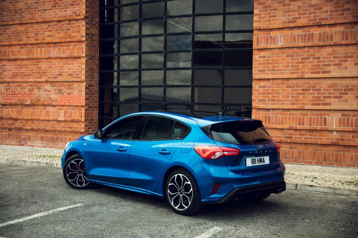Estrada - O novo Ford Focus obtêm a pontuação máxima de 5 estrelas nos testes de segurança