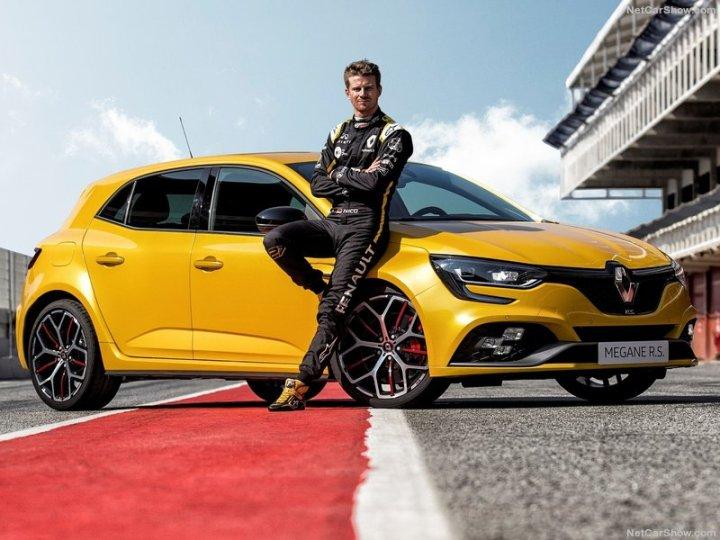 Renault-Megane_RS_Trophy-2019-800-06