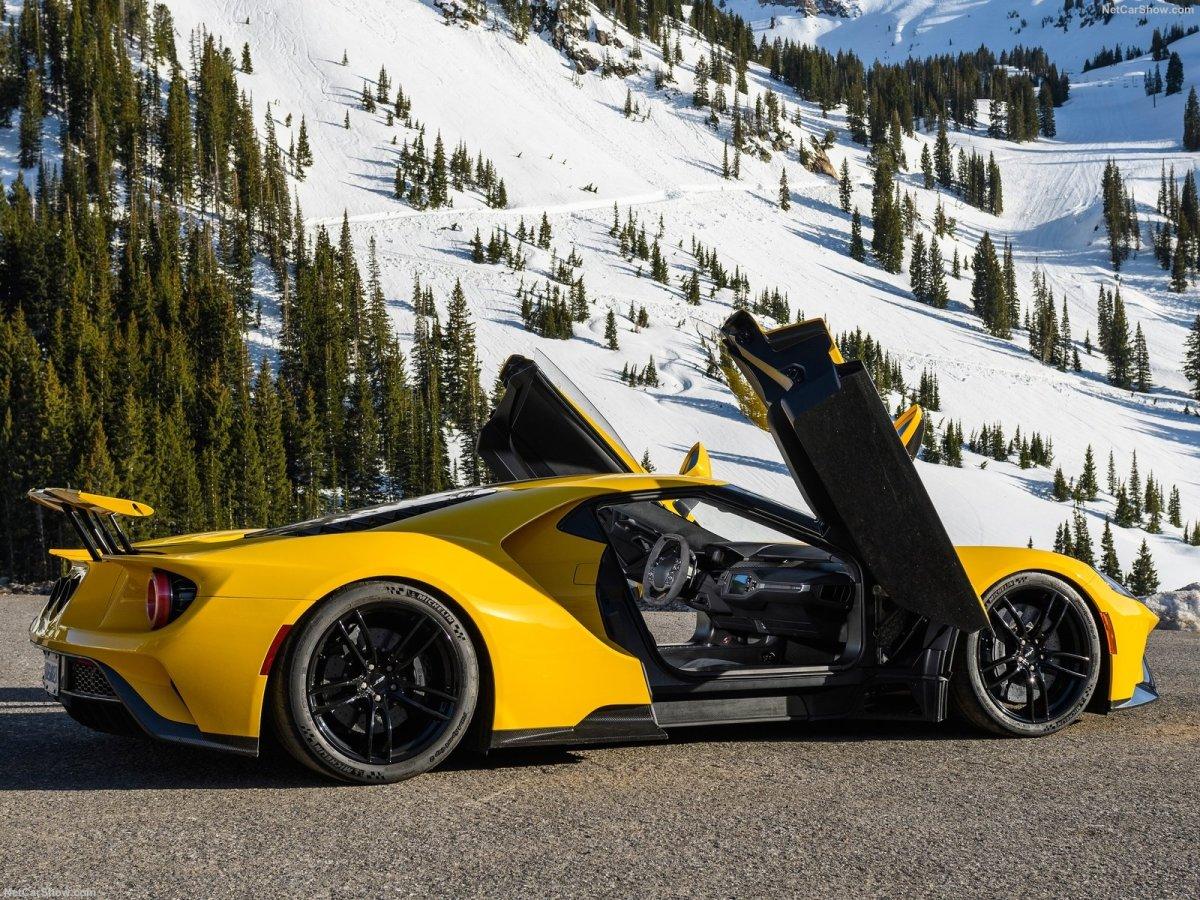 Estrada - A Ford vai fazer produzir mais GT do que o previsto (outra vez!!)
