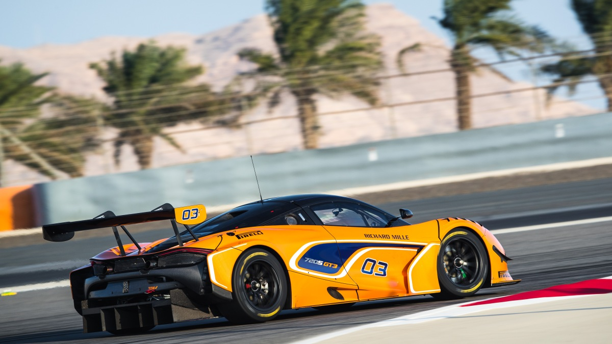 Álvaro Parente novamente de McLaren oficial
