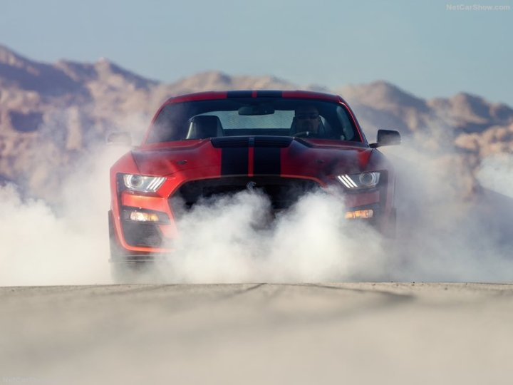 ford-mustang_shelby_gt500-2020-800-1a