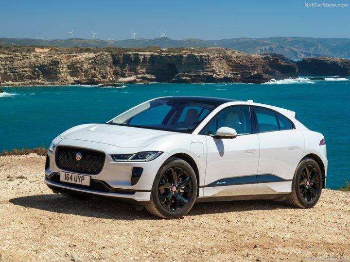 Jaguar-I-Pace-2019-800-04