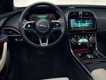 Jaguar-XE-2020-800-1c