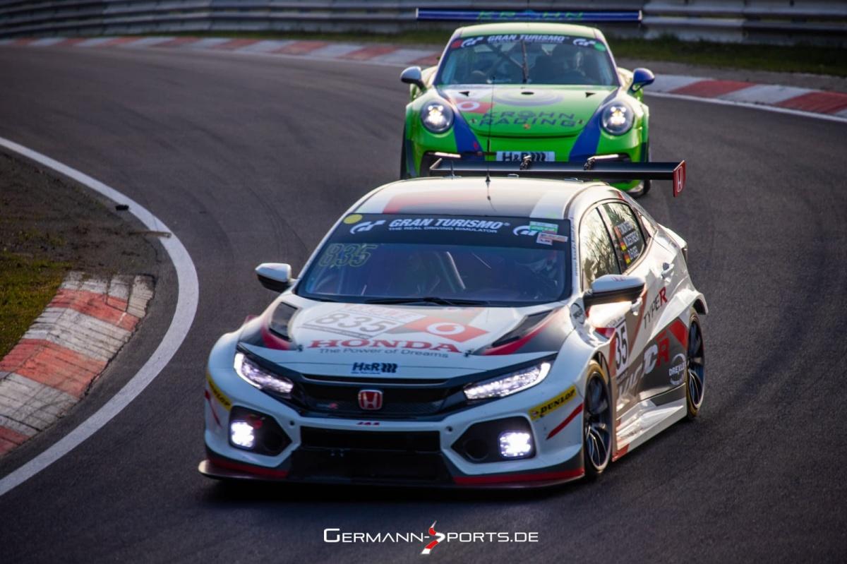 VLN - Tiago Monteiro com bom teste de preparação em Nürburgring