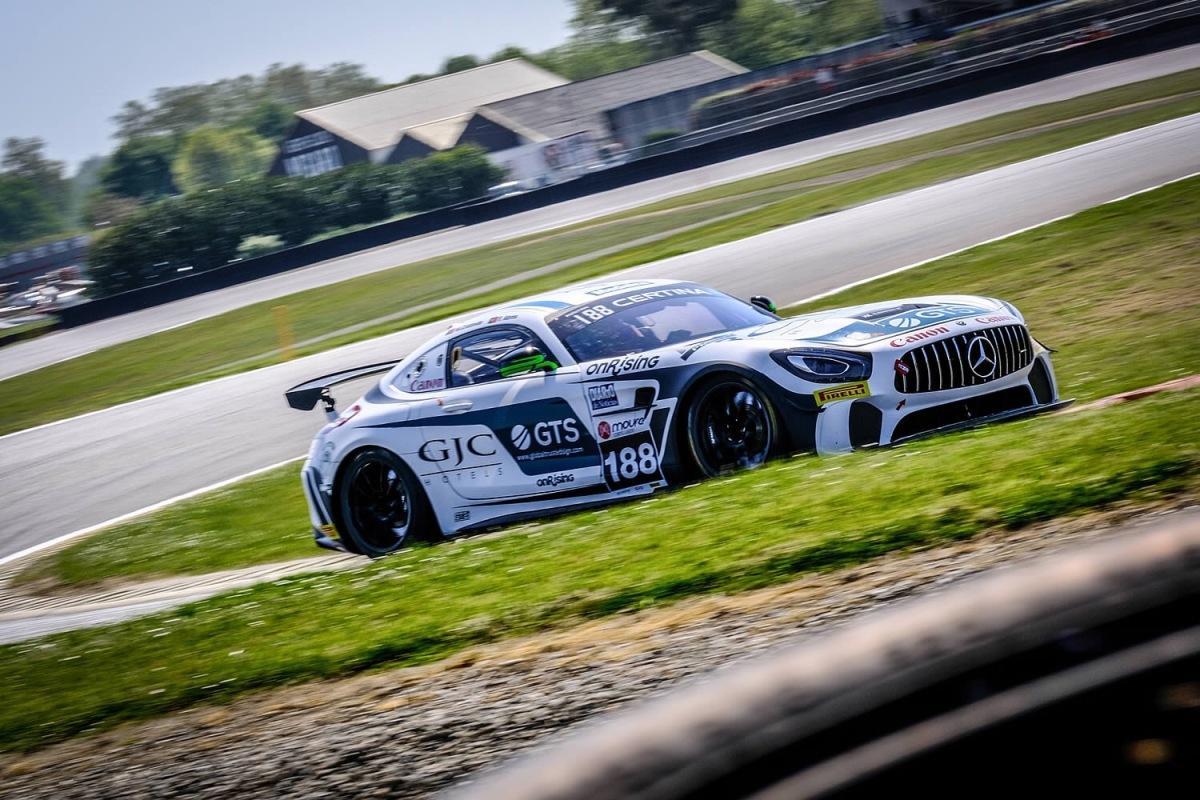 GT4 SES - Pódio para a Veloso Motorsport em Nogaro