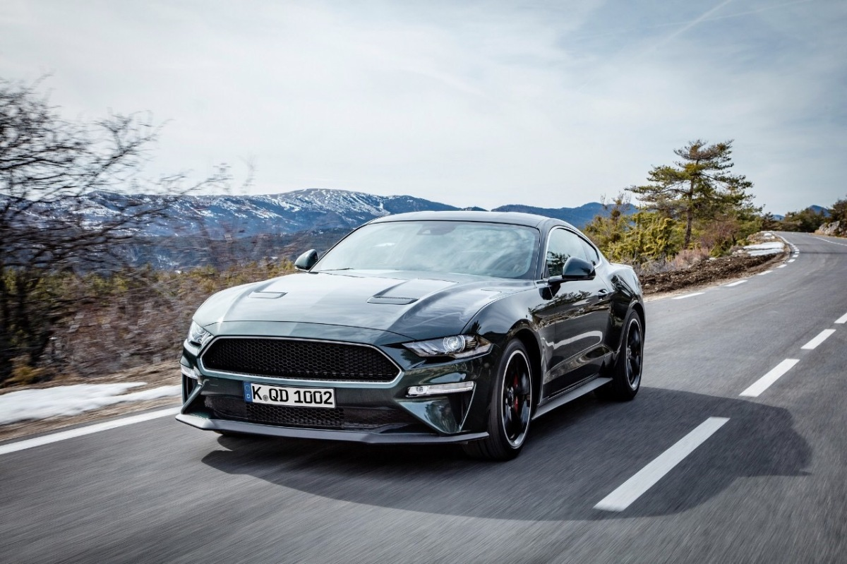 Estrada - Ford Mustang continua a bater recordes