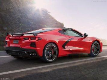Chevrolet-Corvette_C8_Stingray-2020-800-06