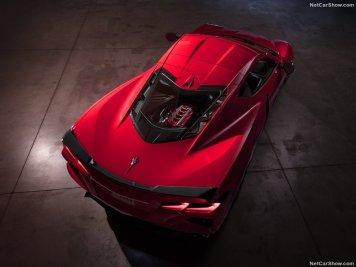 Chevrolet-Corvette_C8_Stingray-2020-800-16