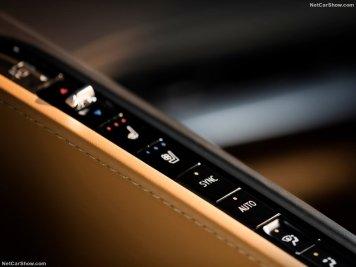 Chevrolet-Corvette_C8_Stingray-2020-800-25