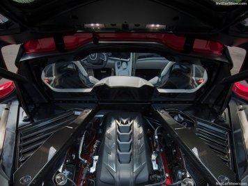 Chevrolet-Corvette_C8_Stingray-2020-800-35